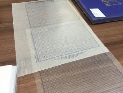 必要に迫られて制作した罫線原紙ですが、こだわりも見え隠れ